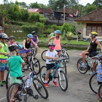 group bike tour with children
