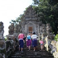 entering kehen temple
