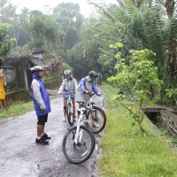 Bali cycling in the rain #2