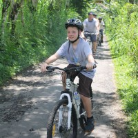 kids cycling tour