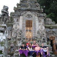 family photos at kehen temple