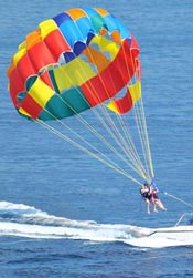watersport-parasailing
