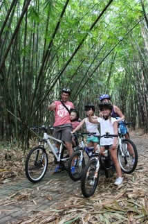 private family cycling tour