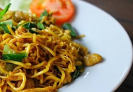 mie goreng - fried noodle