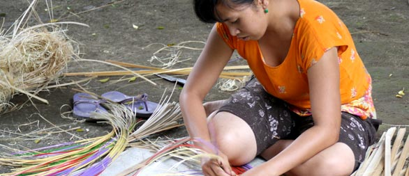 bamboo handicrafts bali hai bike tour itinerary